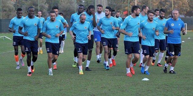 Aytemiz Alanyaspor, Bursaspor'u çal��t�