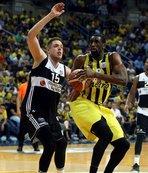 Fenerbahçe'den Kartal'a 6 sayı fark