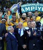 Fenerbahçe'ye kutlama