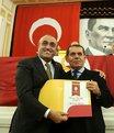 Özbek'in yeni listesi belli oluyor