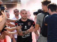 Sneijder Nice'teki ilk antrenmanına çıktı