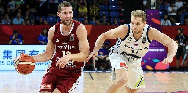 Slovenya yarı finale yükseldi