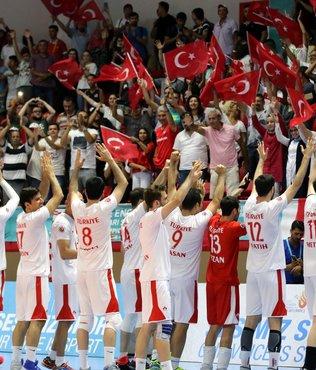 Voleybol Erkek milli takımı yarı finalde
