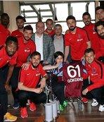 Trabzonlu futbolculardan örnek hareket