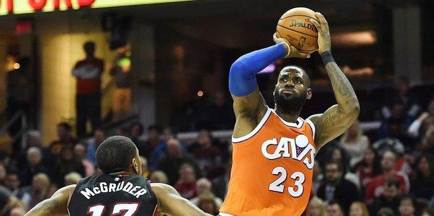 Cleveland'dan Miami'ye 30 sayı fark