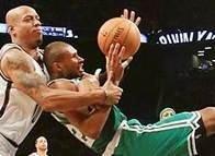 NBA'den sert fauller