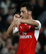 Mesut Özil 150. maçında golünü attı