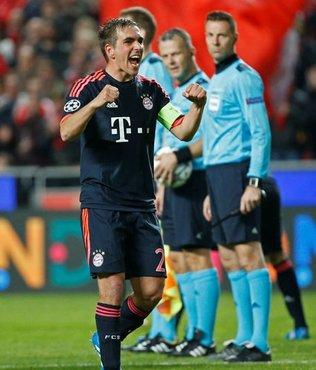 Almanya'da yılın futbolcusu Lahm