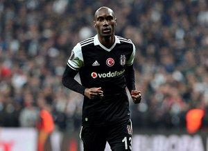 Beşiktaşın efsanesi gözden mi düştü?