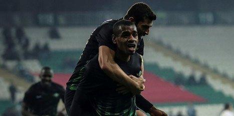 Akhisar'ı 4 golle uçurdu