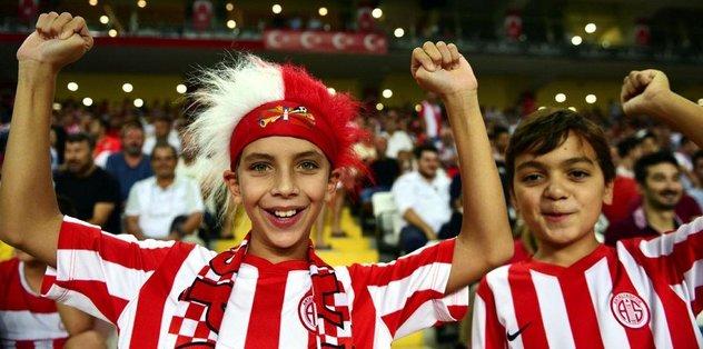Antalyaspor'da kombineler coştu