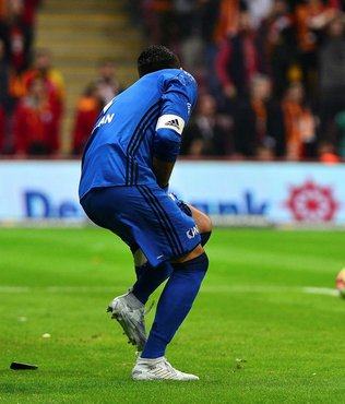 Galatasaray'a seyircisiz oynama cezası!