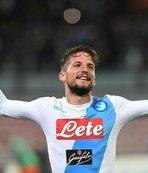 Napoli, Mertens'in sözleşmesini uzattı