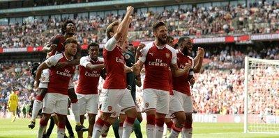 İngiltere'de sezonun ilk kupası Arsenal'in