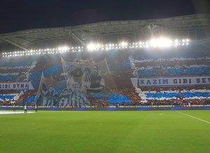 Trabzonspordan muhteşem koreografi!