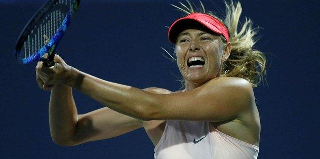Sharapova'ya sakatlık engeli