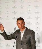 Ronaldo'dan kariyer a��klamas�
