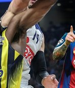 Real Madrid bir Messi'den bir de Udoh'tan çekiyor