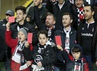Beşiktaş taraftarından Trabzonspor'a destek