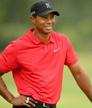 Tiger Woods tanınmaz halde