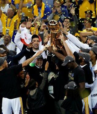 Warriors beat Cavs to take NBA title
