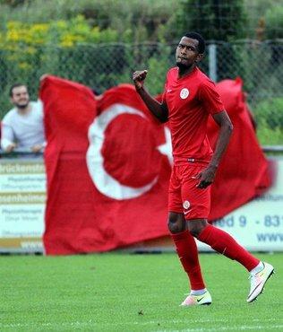 Antalyaspor'da Maicon yıldızlaştı