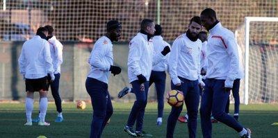 Aytemiz Alanyaspor, Antalyaspor'a hazır