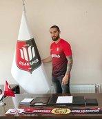 Utaş Uşakspor'da imzalar sürüyor
