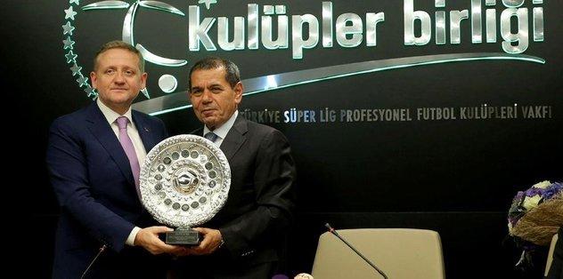 Yeni başkan Özbek
