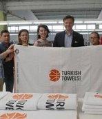 """""""Dört takıma Türk havlusu"""""""