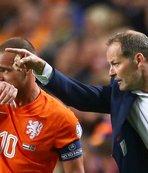 Lens ve Sneijder'e şok!