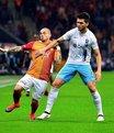 Trabzon gol� buldu! Ofsayt tart��mas�