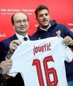 Sevilla, Jovetic'i kiraladı