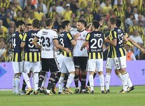 Fenerbahçe - Beşiktaş capsleri güldürdü