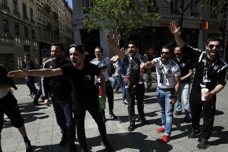 Lyon sokakları bayram yeri