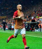 İlk transferi Sneijder