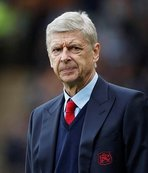 Wenger surprised by Bendtner's move