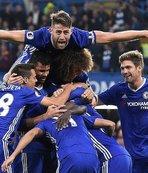 Chelsea, ManU'yu ezdi geçti