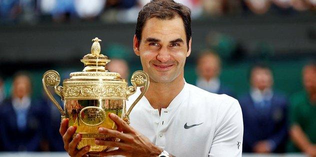 Wimbledon'ın kralı Federer!