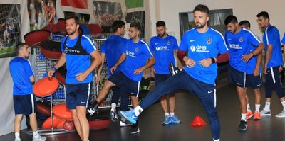 Trabzonspor, Macaristan'daki ilk antrenmanını gerçekleştirdi
