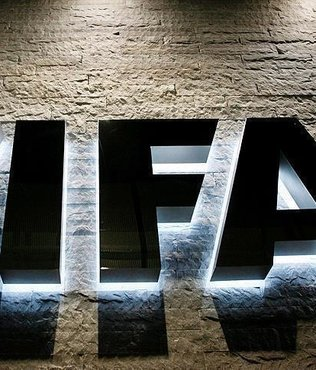 FIFA boss pushes football transparency