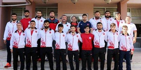 Genç güreşçiler Romanya yolcusu