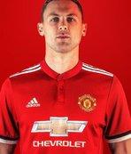 Manchester United, Matic'i kadrosuna kattı