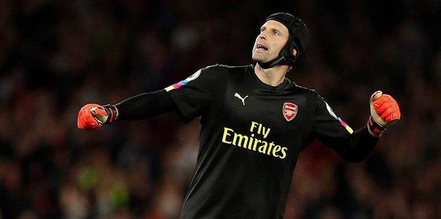 Cech, ülkesinde yılın futbolcusu seçildi