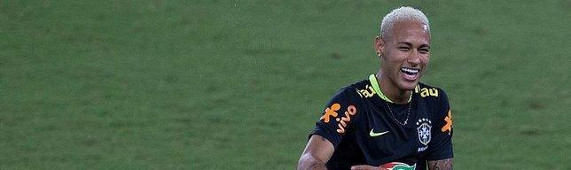 PSG, Neymar sevdasından vazgeçmiyor