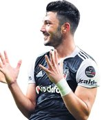Tolgay Fener'e Ozan Beşiktaş'a