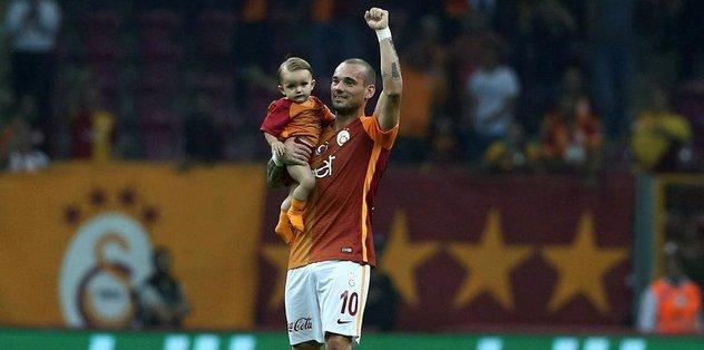 Sneijder'dan veda mesajı