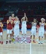 Galatasaray: 76 İstanbul Üni: 70