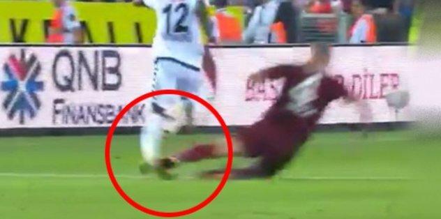 Konyaspor'un yıldızının ayağı kırıldı