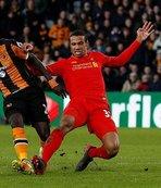 Niasse Liverpool'u yıktı